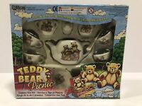 """Vintage 1997 Playmakers """"Teddy Bears Picnic"""" Tea Set Boxed And Complete - Used.."""