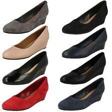 Ladies Clarks Slip on Wedge Heel Shoes Vendra Bloom 6 UK Grey Suede D