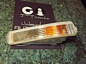 91-95 OEM Acura Legend front bumper turn blinker signal assembly FL 045-4010 DV3