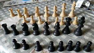 VINTAGE  WOODEN CHESS PIECES IN THE ORIGINAL WOODEN BOX
