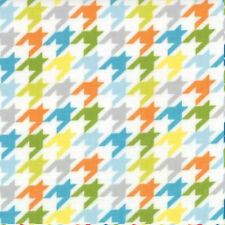 Moda Studio M Mixed Bag Houndstooth Check Fabric in Sprouts 32867-14