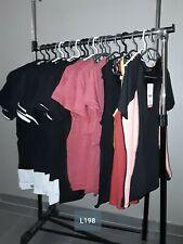 DESTOCKAGE VÊTEMENTS: Lot de 20 hauts tshirts femme neufs revendeur L198