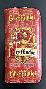 Harry Potter Purse Womens Wallet Handbag Hogwarts Wizardry Witchcraft Gryffindor