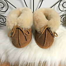 NEW-R.J. FUZZIES BABY TODDLERS SHEARLING CHESTNUT SUEDE BOOTS BOOTIES-SZ 6-7