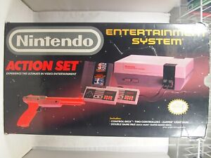 Nintendo Entertainment System NES 1988 Action Set Authentic Console BOX ONLY
