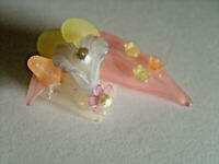 Lucite/Acrylic Brooch Vintage