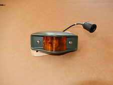 M35A2 M-SERIES CLEARANCE MARKER LIGHT 7261919-2 YELLOW M800 Military hunvee