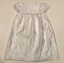 Baptism dress girl embroidered cross size large 16 lbs–26 lbs white