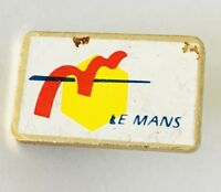 Le Mans Pin Badge Vintage France Rare (G8)