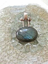 Sterling silver oval blue labradorite gemstone pendant