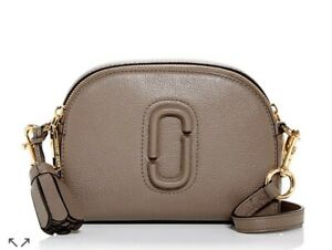 NWT THE MARC JACOBS $335 LOAM SOIL TAUPE SHUTTER CAMERA BAG