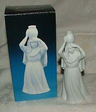 1990 Avon Woman with Water Jar White Bisque Porcelain Nativity Collectibles wBOX