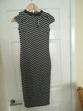 Ladies river island black print dress size 8 bnwt rrp£38