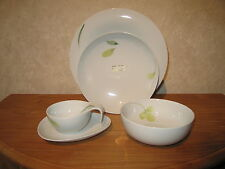HUTSCHENREUTHER *NEW* EASY GREEN Set 4p Assiette + tasse + bol Plate+cup+bowl