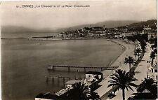 CPA  Cannes - La Croisette et le Mont Chevallier    (203776)