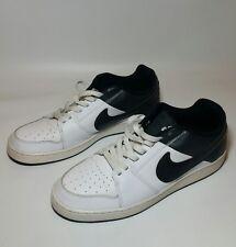 Nike Men's Backboard ll 2 Athletic Sneakers White/ Black Size 10 - VGUC