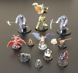 Lot of 12 Miniatures - Pathfinder Figures - Dungeons and Dragons - RPG D&D