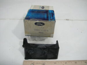 NOS OEM Genuine Ford 1973 LTD Galaxie Radiator Mounting Insulator D3AZ-8125-A