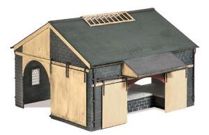 RATIO 00 Gauge trackside, Goods depot plastic kit No: 534 Goods shed