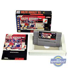 NHLPA Hockey 93-SNES Juego en Caja + Manual de EE. UU. NTSC Super Nintendo + Protector