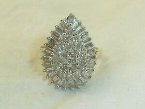 Vintage 10K Yellow Gold 1.17 cttw Diamond Pear Cluster Ring size 8.25