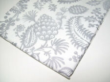 """Williams Sonoma Cotton Sparkling Pine Cone Berry Dinner Table Runner 16"""" X 108"""""""