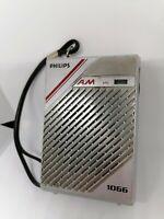 Radio de bolsillo Philps 1066 portatil. Funciona perfectamente Antigua y vintage