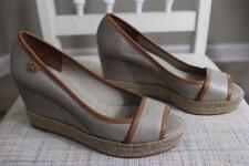 NWOB Tory Burch Women's Tan Shimmer Canvas Wedge Peep Toe Shoes Size 39