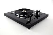 Restaurierter Thorens TD 160 Plattenspieler Turntable Karbonoptik
