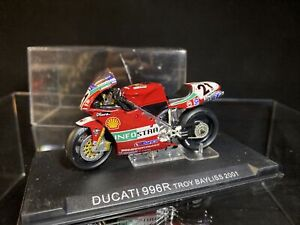 Ducati 996R Troy Bayliss 2001 Motorcycle - IXO 1:24 MOTO GP BIKE