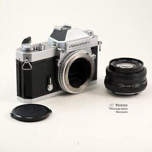 Nikon Nikkormat FT3 35mm SLR Film Camera  28mm F2.8 Vivitar lens with Cap