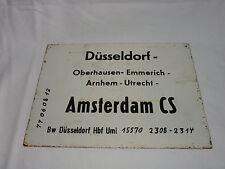 Altes Metall Zuglaufschild AMSTERDAM CS - DÜSSELDORF    #2796