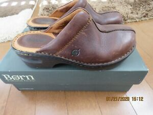 BORN BOC Size 6 M/W  Brown Clogs Leather Mules Slip On Backless Shoes Size 6