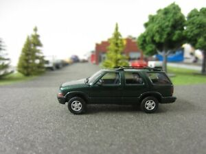 Ho 1/87 Busch Chevrolet Blazer Metallic Green #46401