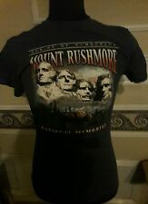 Mount Rushmore National Memorial Shrine of Democracy T-Shirt Size Adult Small