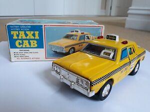 Vintage 1960s-1970s Japanese TAXI CAB tin car with original box, by Yonezawa