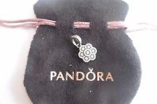 Charm pendentif fleur strass S925 avec pochette Pandora