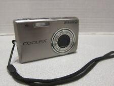 Nikon COOLPIX S700 12.1MP Digital Camera