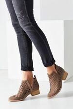 Jeffrey Campbell Womens Size 8.5 Taggart Lattice Cut Side Split Ankle Booties