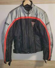 Hochwertige Leder, Damen Motorradjacke von Dainese, Größe 38/M