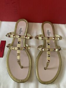 NIB $450 Valentino Garavani Gold Cage Rockstud Jelly Slide Sandals Sz 38 Bow