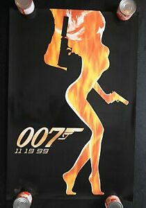 "1999 ""THE WORLD IS NOT ENOUGH"" 27"" x 40"" Movie Poster JAMES BOND Pierce Brosnan"