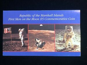 1989 First Men on the Moon $5 Commemorative Coin & Folder Set Marshall Islands