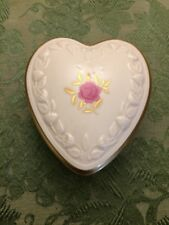 VINTAGE LENOX Heart-Shaped TRINKET BOX w Rose Lid Ornate Gold-Gilded Features