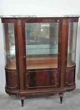 Vetrina in stile Luigi XVI in legno piuma di mogano con piano in marmo
