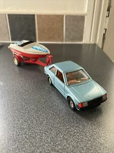 Corgi Toys Ford Escort 1.3 SL And Speedboat And Trailer