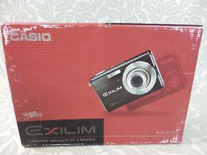 """CASIO EX-Z70 EXILIM 7.2 Mega Pixels 2.5"""" LCD Digital Camera Boxed"""