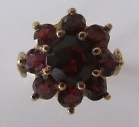 9ct Gold Ring - Vintage 9ct Yellow Gold Garnet Flower Cluster Ring Size N