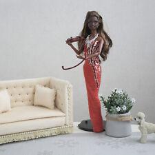 Furniture for dolls. Sofa for dolls 1:6. Beige sofa in velvet fabric.
