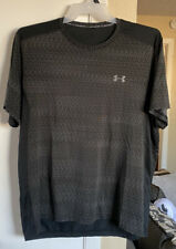 New listing Under Armour Men's T-shirt Loose Fit Activewear Black Shirt Short Sleeve
